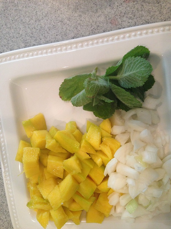 quinoa with curried yogurt and mango