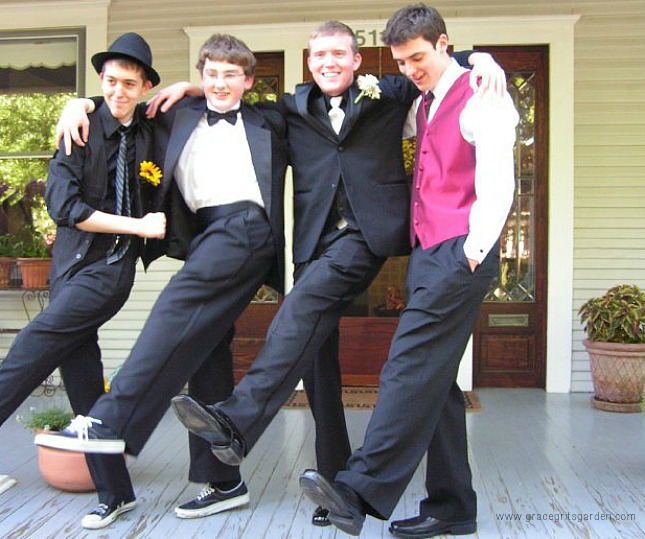 prom pics on the porch