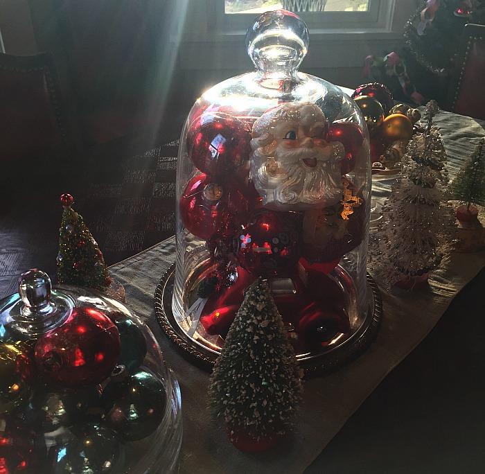 displaying christmas ornaments